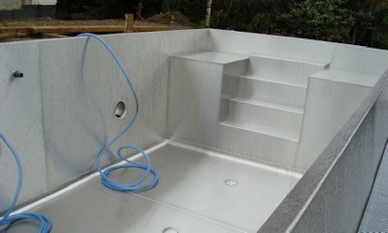 piscine-inox-carousel-xl-1-768x461